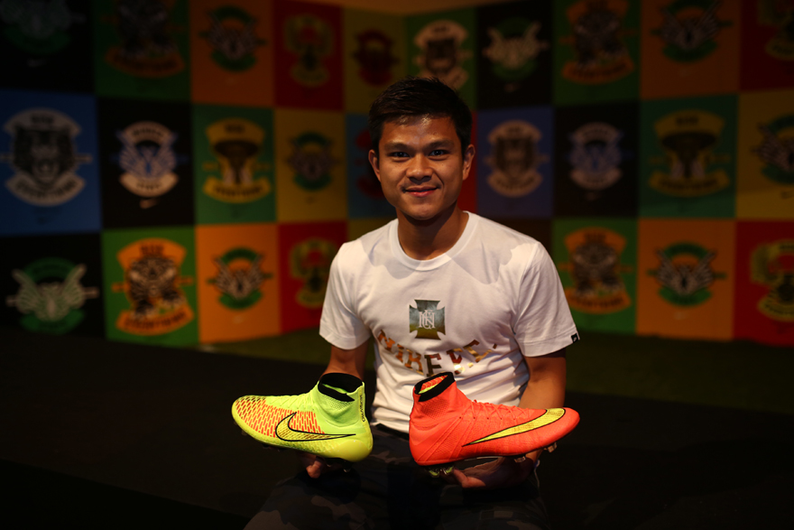 Aik Leong Lim_Product Design Director Nike Football with the Magista and the new Mercurial Superfly_Nike the Art and Science of Modern Football_9 May 2014
