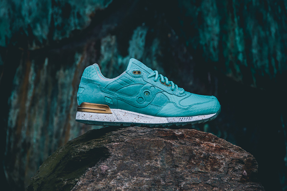 epitome-x-saucony-shadow-5000-righteous-one-01