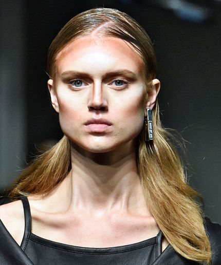 hba-nyfw15-hba-unblended-contouring