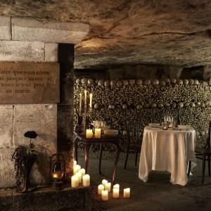 airbnb-halloween-catacombs-paris-1