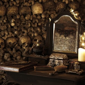 airbnb-halloween-catacombs-paris-3