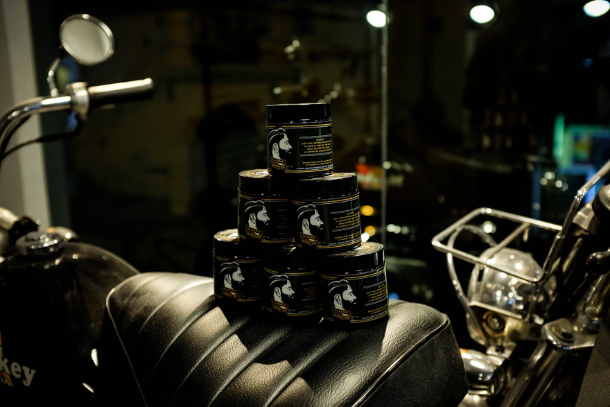 guide-to-pomades-classic-mobster