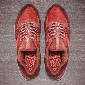end-x-saucony-grid-9000-red-noise-3