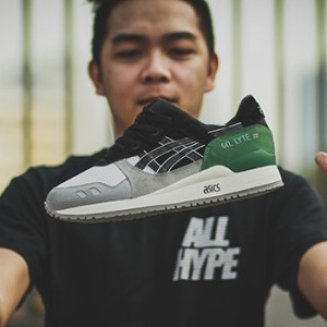 made-in-singapore-sneaker-customizers-jon-timbre