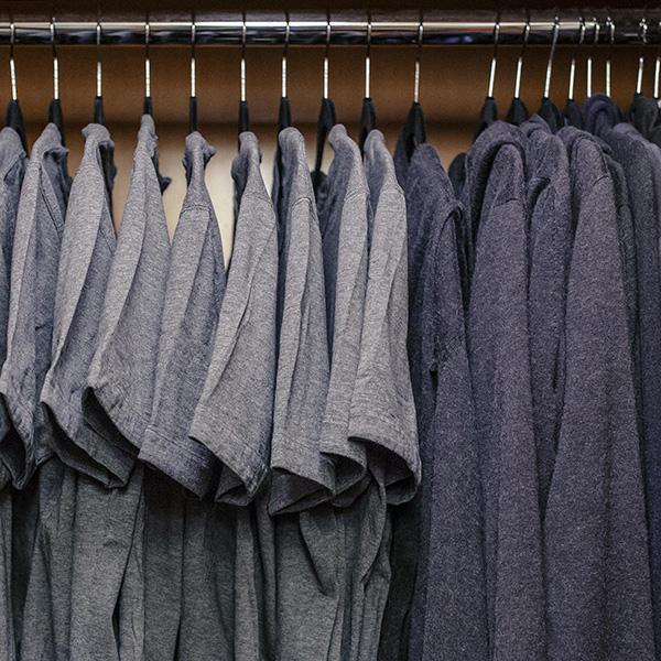 mark-zuckerberg-grey-t-shirt-outfit-1