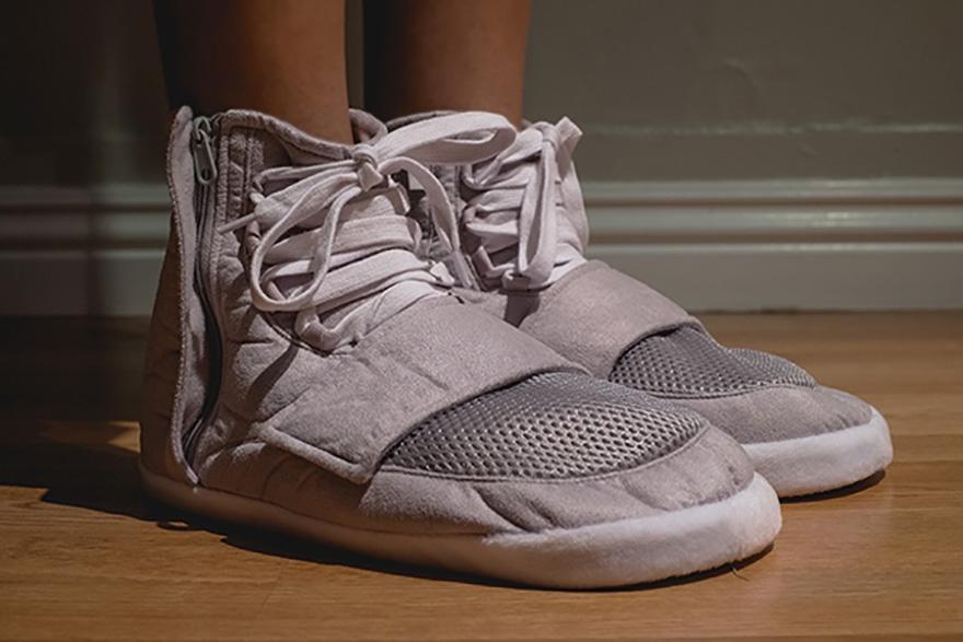 yeezy-boost-slippers-kickstarter-2