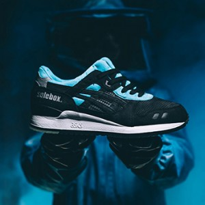 "Solebox x ASICS Tiger GEL-LYTE III ""Blue Carpenter Bee"""