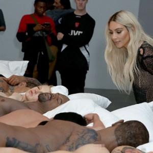 Kim Kardashian Admires Her Wax Figure at Kanye West's Art Exhibition