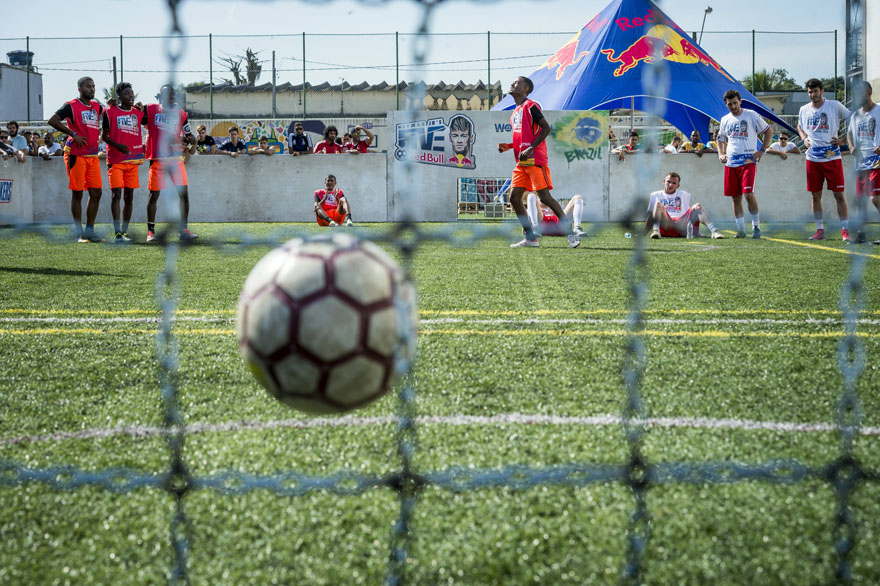 Teams Mauritius and Kosovo compete during Neymar Jr's Five at Instituto Projeto Neymar Jr in Praia Grande, Brazil on July 9, 2016 // Marcelo Maragni/Red Bull Content Pool // P-20160710-00209 // Usage for editorial use only // Please go to www.redbullcontentpool.com for further information. //