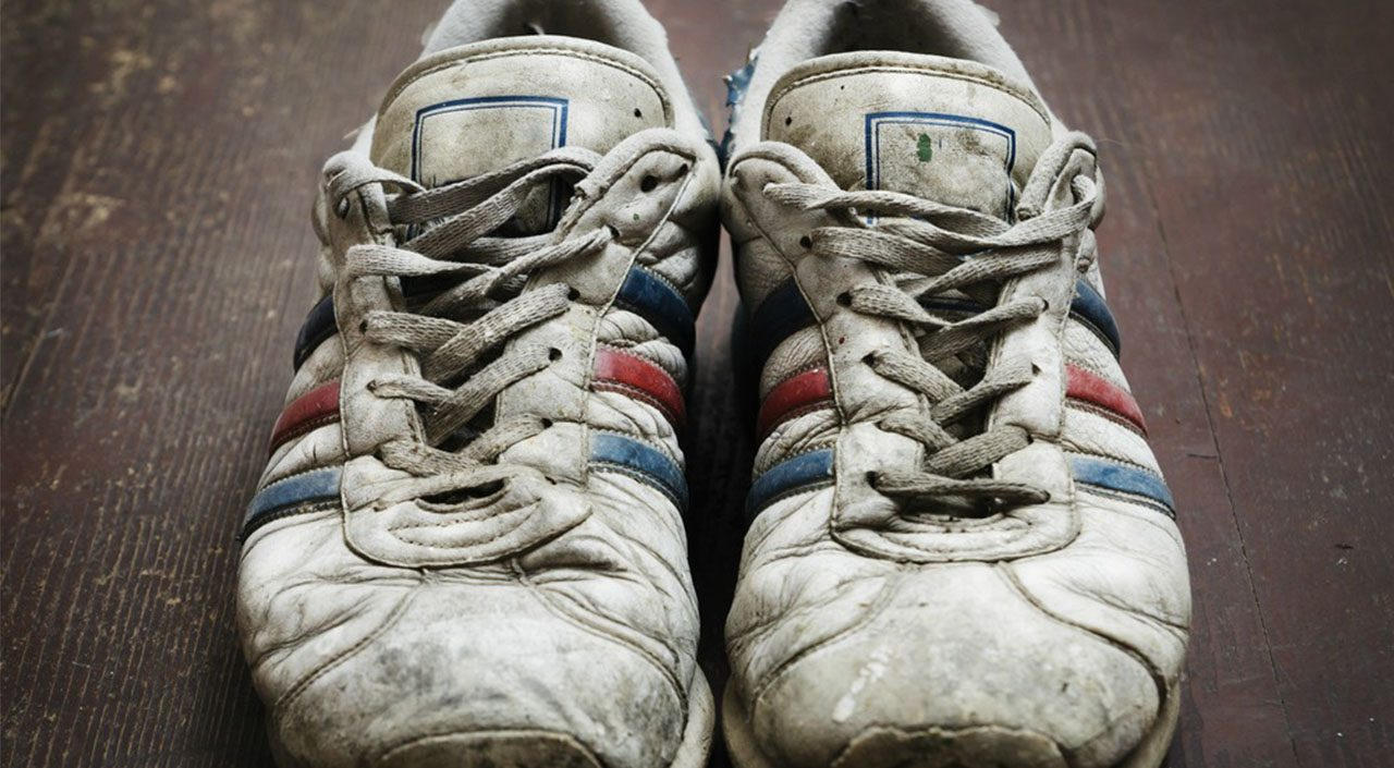 Student Selling Sneakers On eBay Got More Than She Bargained For