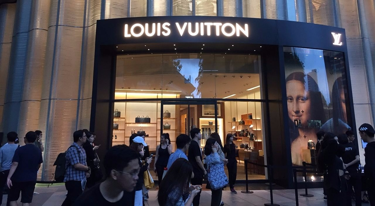 Disappointing stories that we heard at the Singapore Supreme x Louis Vuitton Queue Raffle