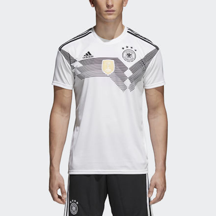 best service 24888 9ab9a FIFA World Cup 2018 National Team Jerseys | Straatosphere