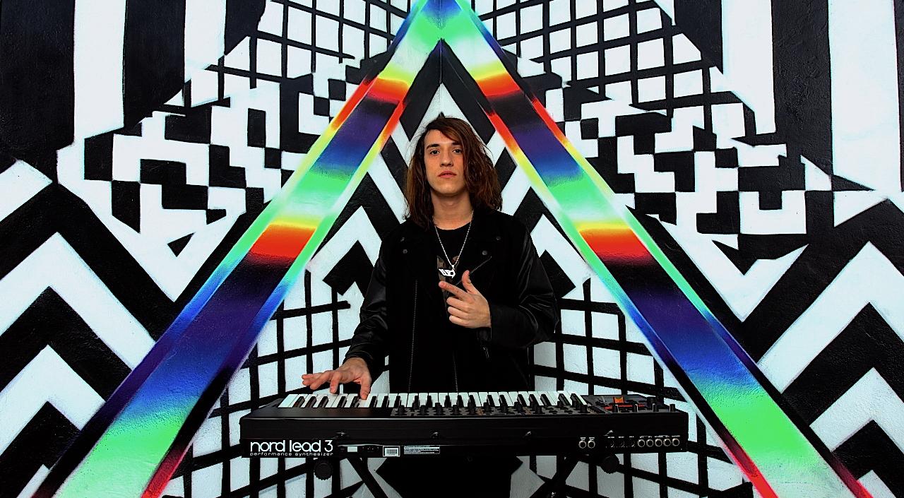 DJ Soak Run Away ft Anderson Paak