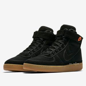 Carhartt X Nike 1