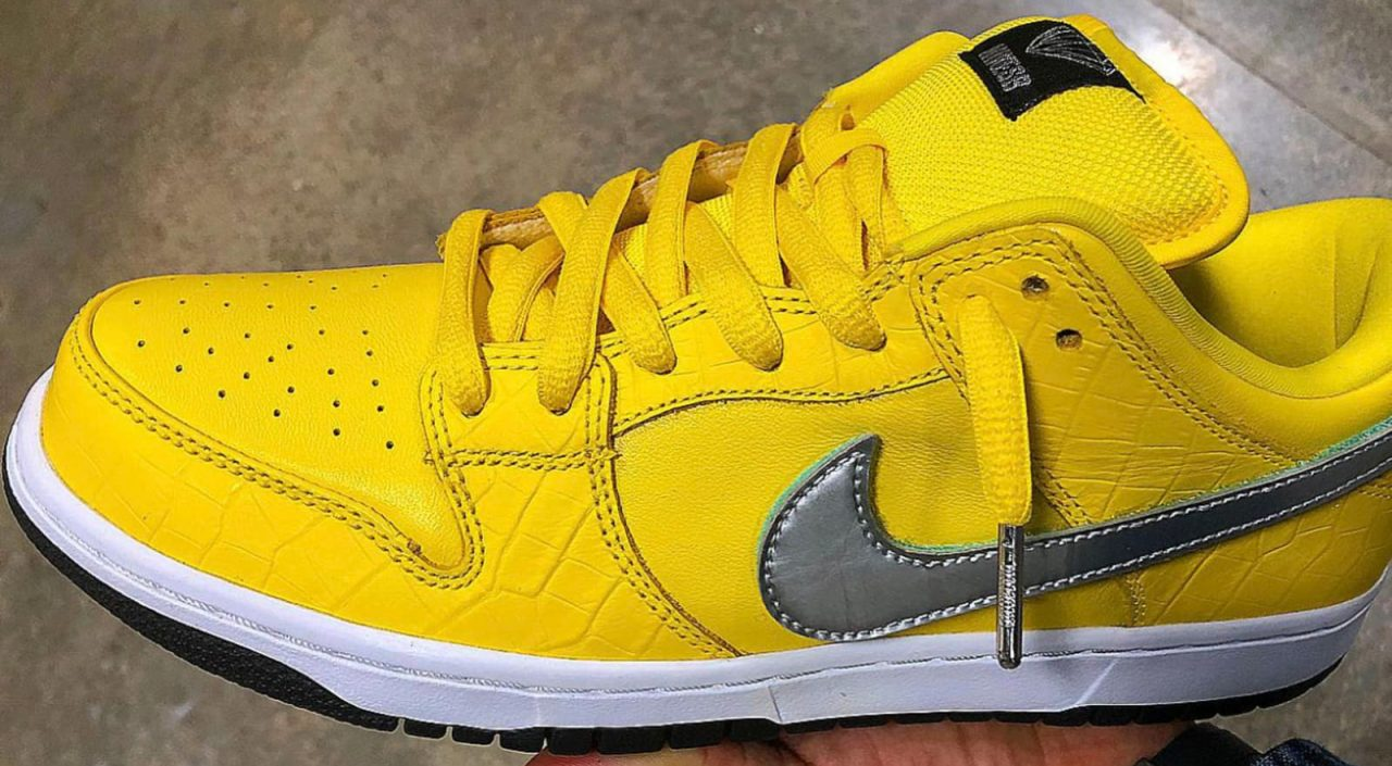 the latest 6199c 55977 ComplexCon Riot: Exclusive Nike SB Dunks Cause a Stir ...