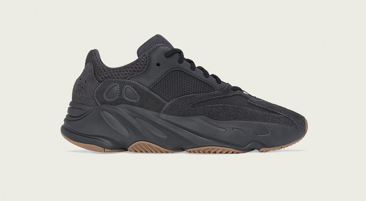 yeezy 350 v2 black yeezy 700 utility black