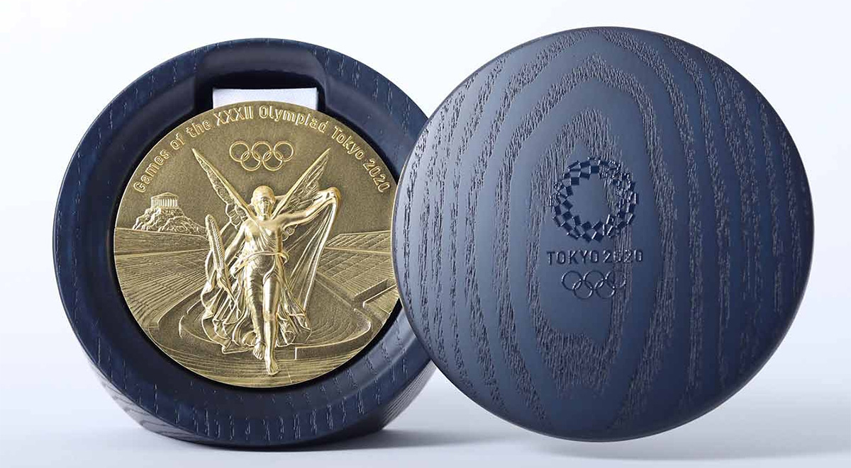 Tokyo 2020 Olympic medal featured case