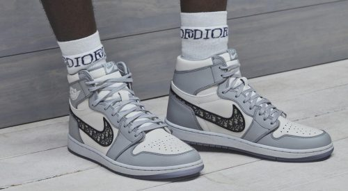 Air Jordan 1 High OG Dior feature