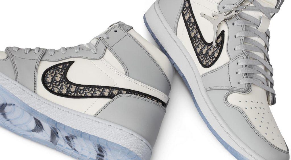 Air Jordan 1 High OG Dior swoosh image