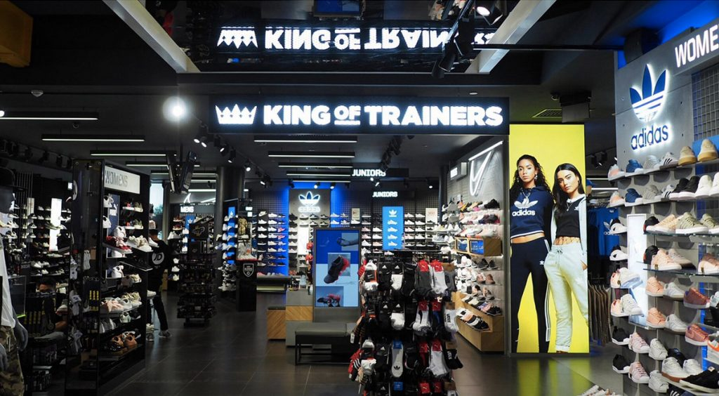 Singapore Sneaker Shopping Guide JD Sports ION Orchard Streething