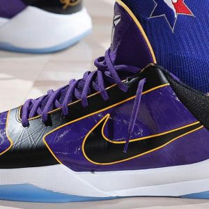 Nike Zoom Kobe 5 Protro lakers on court