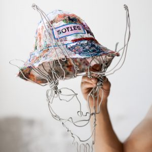 Surrender's SS20 bucket hat sottes