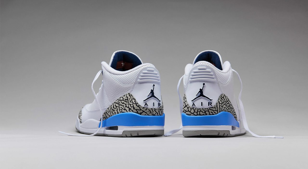 Air Jordan 3 UNC heel tab