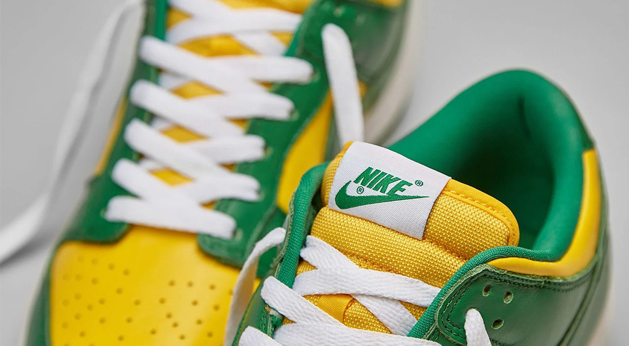 """Nike Dunk """"Brazil"""" tongue tab"""