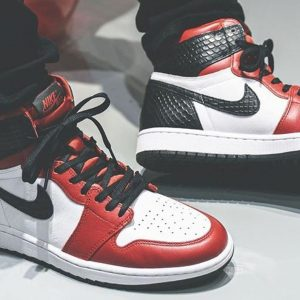 "Air Jordan 1 ""Satin Red"" repgod888 feature"